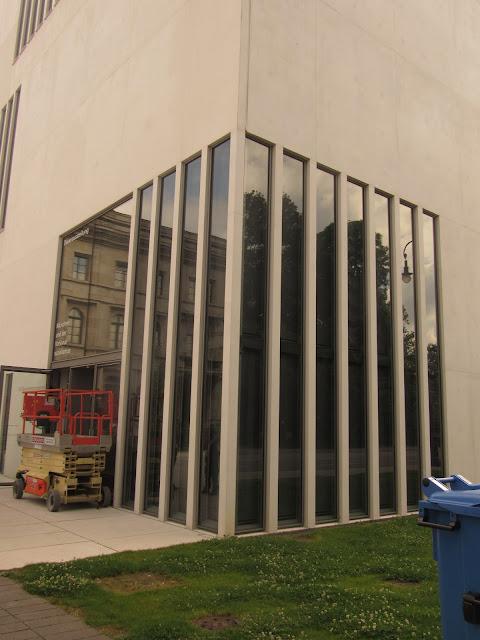 Braunes Haus ou Casa Parda, antiga sede do Partido Nazista Centro de Documentação de Munique O que ver em Munique Alemanha