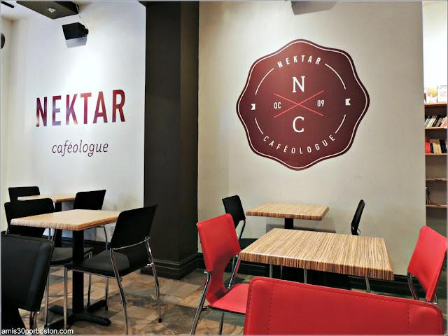 Interior de la Cafetería Nektar Cafeologue en Quebec