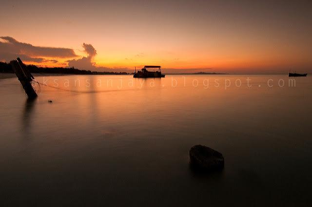 Pantai Sunset Rambak di bangka