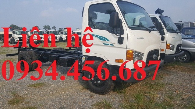 Giá lăn bánh Hyundai 110sl thùng bạt dài 6m2