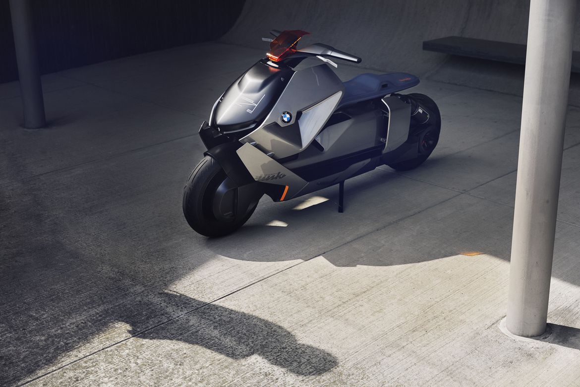 real riders bmw concept link electric scooter from the. Black Bedroom Furniture Sets. Home Design Ideas