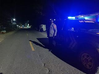 Kanit Sabhara Polsek Cendana Lakukan Patroli Blue Light Pada Jam Yang Rawan Gangguan Kamtibmas