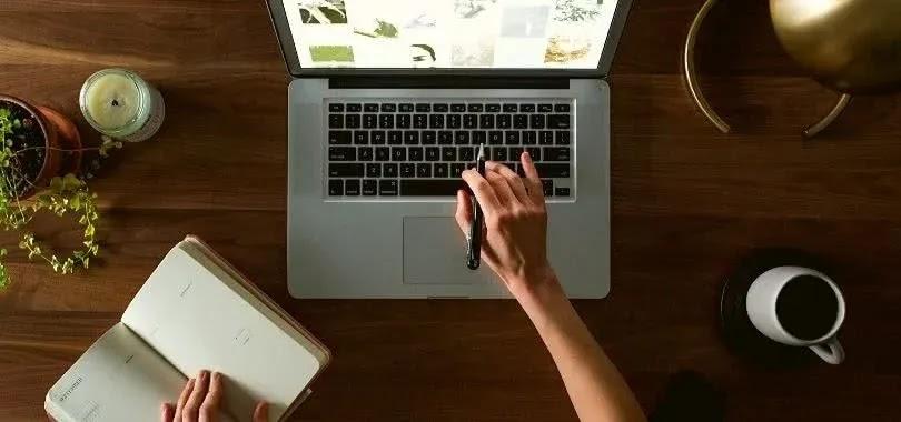 12 أداة دراسة مجانية عبر الإنترنت يجب أن يعرفها كل طالب