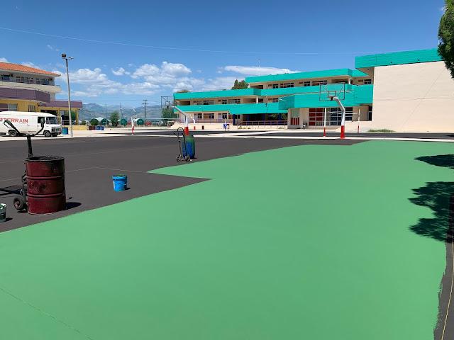 Αναβαθμισμένοι αύλειοι χώροι περιμένουν τους μαθητές τη νέα σχολική χρονιά στο Δήμο Ναυπλιέων