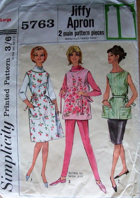 50s style pinafore by karen vallerius