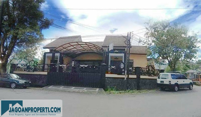 Rumah mewah di Malang dijual