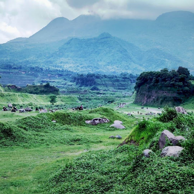 Wisata Ranu Manduro Padang Savana Yang Sedang Viral di Mojokerto
