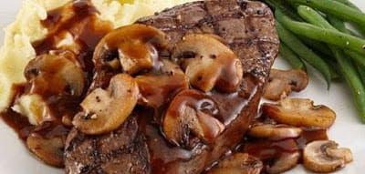 ستيك اللحم بصوص المشروم