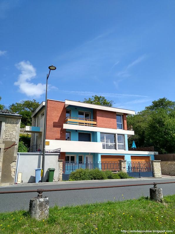 Nièvre - Villa M. R. Lochet. Architectes: Otto & Gaston Muller Construction: 1959 - 1960