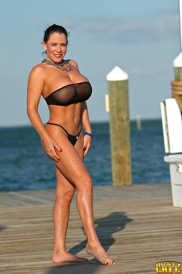 Internet Ladies: Alicia DiMarco (42F)