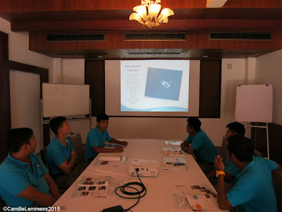 Box jelly fish awareness and prevention presentation at the Imperial Boathouse in Choengmon