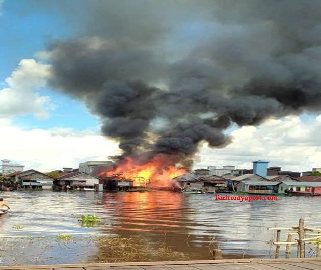 Peristiwa Kebakaran, Empat Rumah Penduduk di Kelanis jadi amukan Api