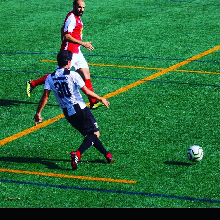 Bruninho rescinde com FC Foz