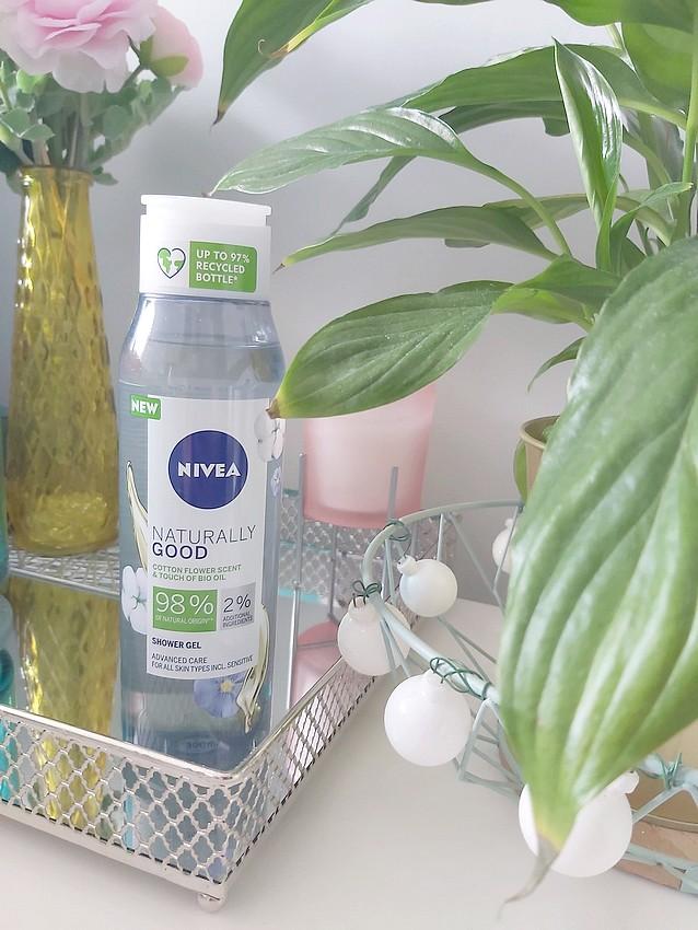 nivea naturally good żel pod prysznic kwiat bawełny i bioolejek arganowy