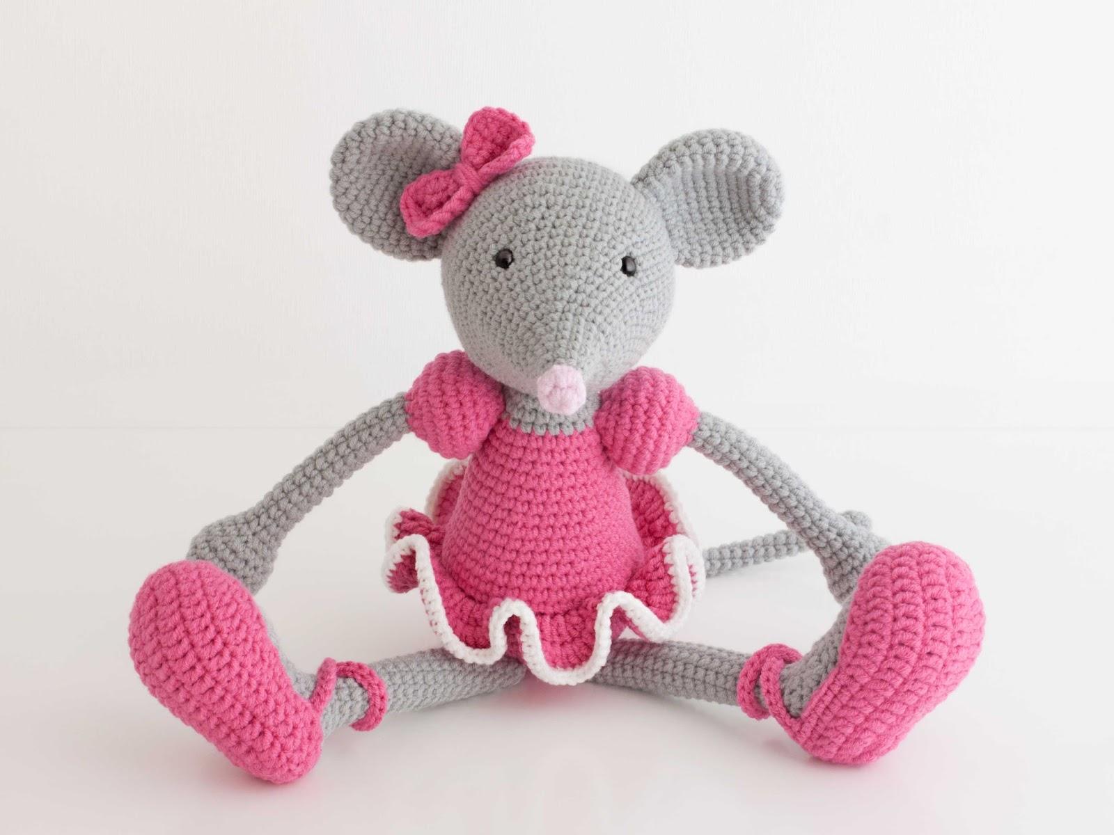 Amigurumi Conejo Paso A Paso : Perez mouse diy pattern amigurumi crochet free amigurumi mouse