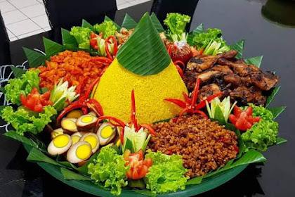 Menu Lauk Nasi Tumpeng yang Sederhana Tapi Menarik
