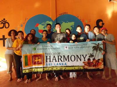 Alan Wang with Sri Lanka Trip Group