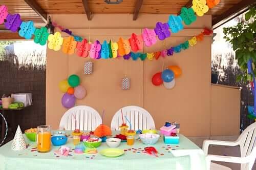 gâteaux d'anniversaire :  Une idée de dessert amusante et délicieuse