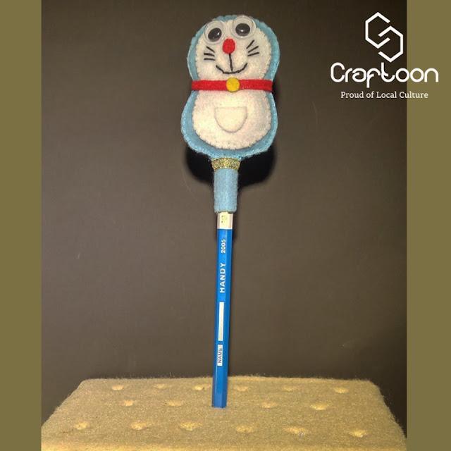 Hiasan Pensil Boneka Kain Flanel Doraemon Craftoon Kudus