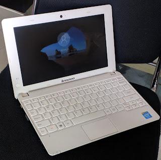 Laptop Lenovo E10-30 Second di Malang