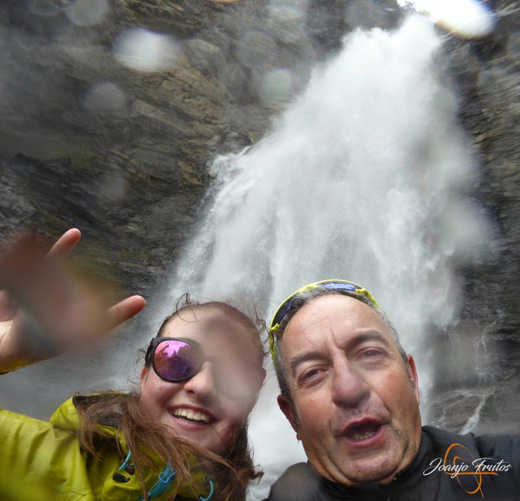 Panorama%2B14 001 - Ruta Las Tres Cascadas de Cerler con mucha agua