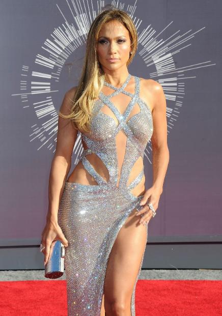 Jennifer Lopez Smoking Hot & Spicy Stills at 2014 MTV Video Music Awards in Inglewood