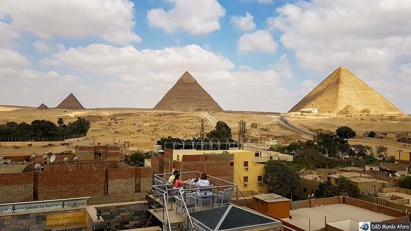 Pirâmides de Gizé vistas do Hotel Best View Pyramids - Diário de Bordo: 2 dias no Cairo