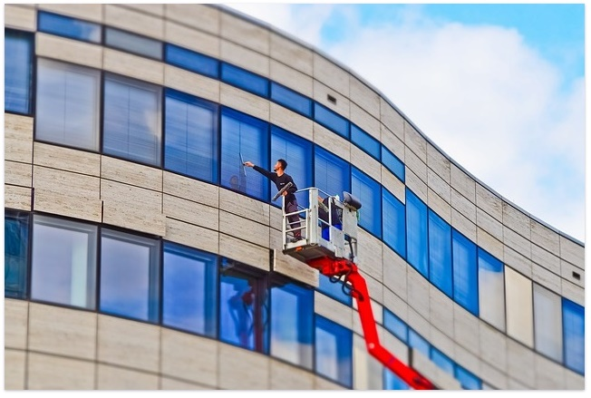 Online Services To Find Best Window Cleaning Company