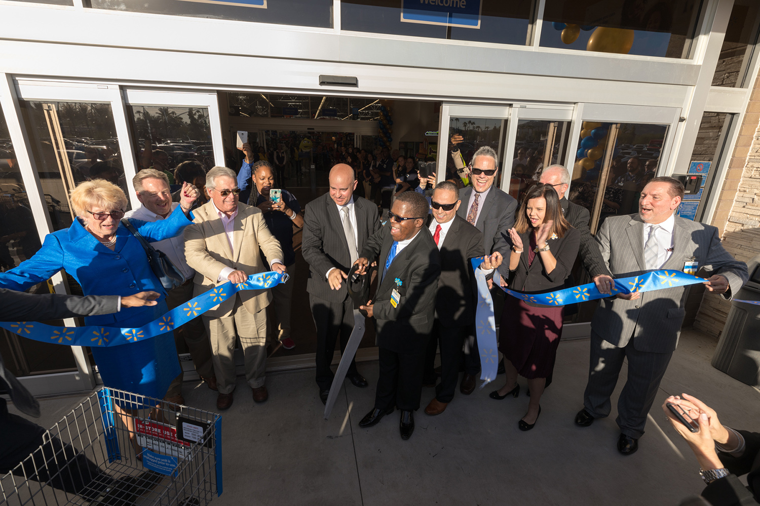 Done Deals Grand Opening Of Walmart Supercenter Marks Reinvestment