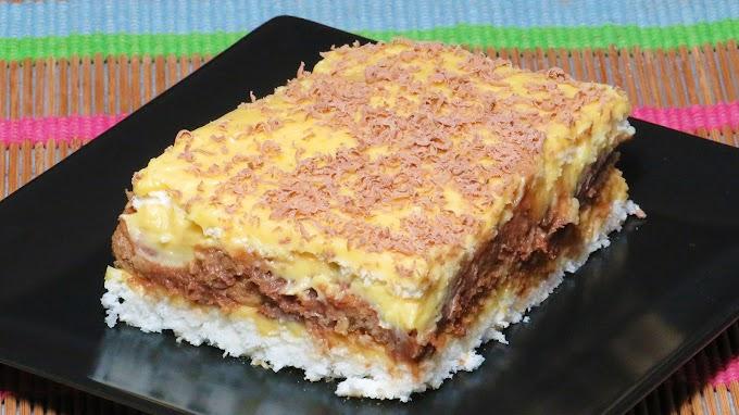Prăjitură cu Bezea de Cocos, Pișcoturi și Cafea