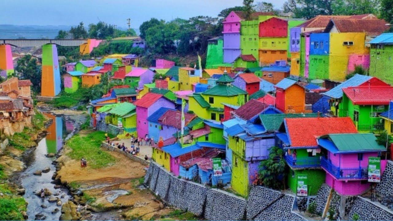 Kampung Warna-Warni Bulak Surabaya