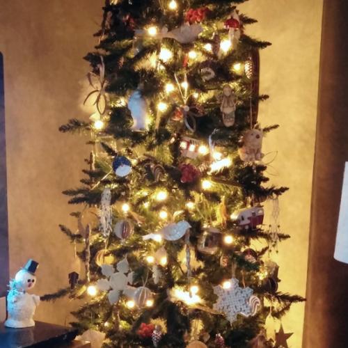 My Vintage & Handmade Christmas Tree