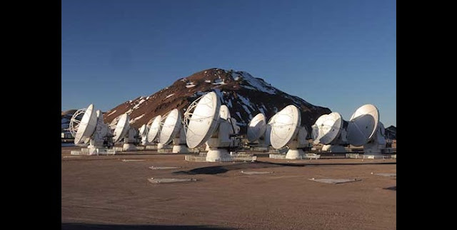 The Atacama Large Millimeter/submillimeter Array at its 16,500 ft elevation site in northern Chile. Credit: NRAO/AUI/NSF
