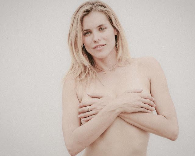 Susie Abromeit braless