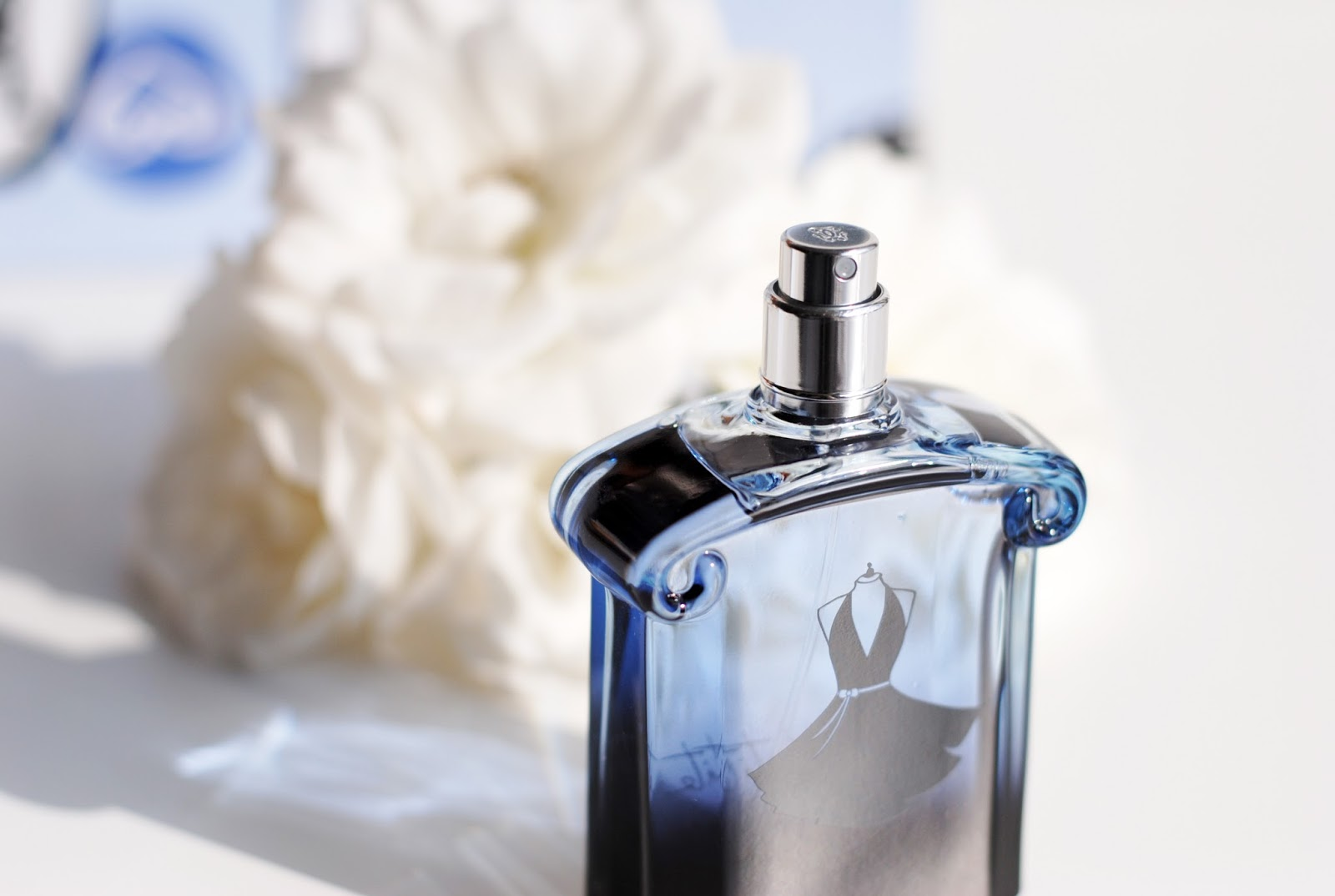 a2aef5b9b71 This new fragrance is the fourth in the La Petite Robe Noire line - it s  been only a year since Guerlain released the Eau ...