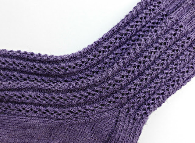 Winwick Mum Easy Lace Socks Free Pattern And Tutorial
