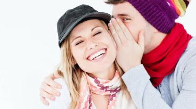 4 علامات تكشف لك أن هذه الفتاة  تحبك ومعجبة بك رجل يقول سر الى امراة بنت man tell woman secret love