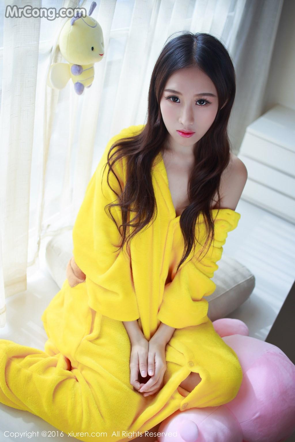 Image MrCong.com-XIUREN-No.646-Yue-Yin-Tong-006 in post XIUREN No.646: Người mẫu Yue Yin Tong (月音瞳) (53 ảnh)
