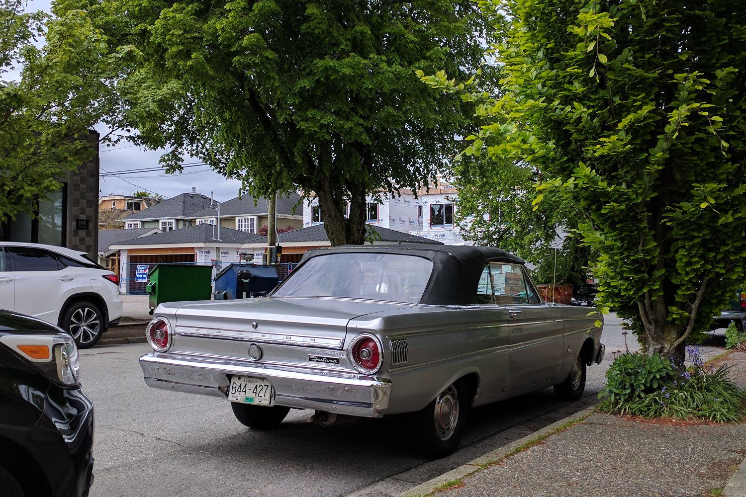 Old Parked Cars Vancouver 1964 Ford Falcon Futura Convertible