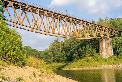 Most kolejowy na Jeziorze Pilchowickim