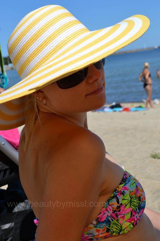 tanning, sunbathing