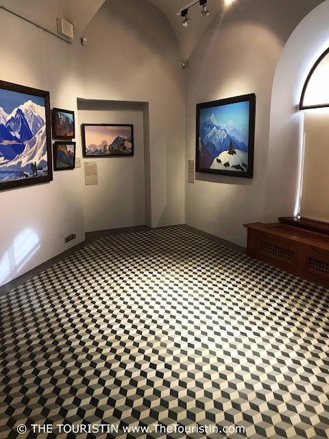 Art Museum Riga Bourse Nicholas Roerich room