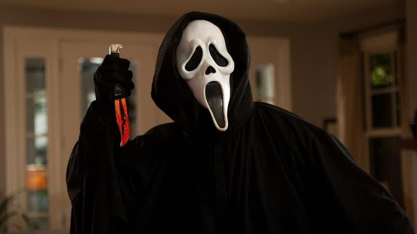 Paramount Pictures перенесла хорроры «Крик 5» и «Паранормальное явление 7» на 2022 год