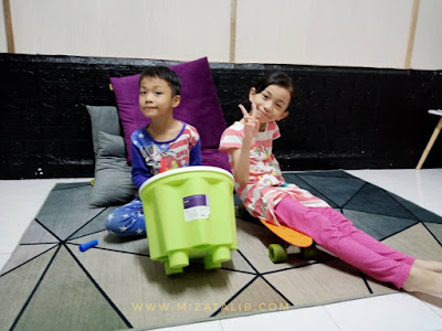 Mini Studio Afiq Furqan Anak Kreatif cara kanak-kanak berfikir Beza Anak Lelaki dan Perempuan Memahami Emosi Anak  Home Mini Studio Music aktiviti pkp