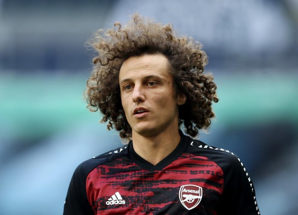 Flamengo acerta contratação do zagueiro David Luiz