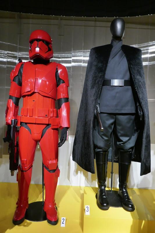 Sith Trooper General Pryde costumes Rise of Skywalker