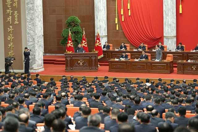 North Korean leader Kim Jong Un says North facing 'great crisis' in pandemic fight