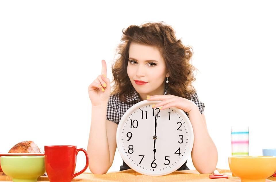 Почему лучше есть медленно или что происходит с вашим организмом, когда вы торопитесь во время еды