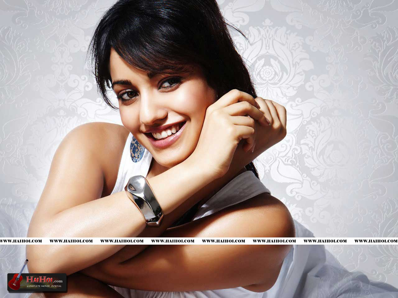 HD Wallpaper Of Neha Sharma