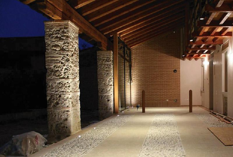 Illuminare esterno casa eccellente installazione illuminazione